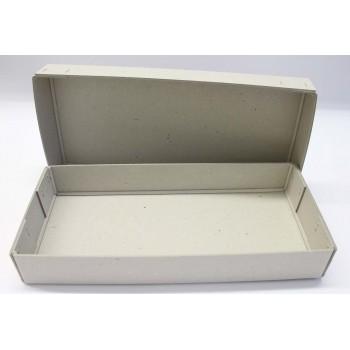 Schachtel aus Graukarton,...