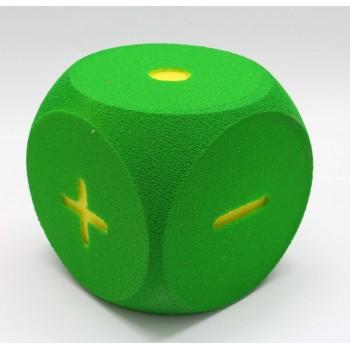 Schaumstoffwürfel grün mit...